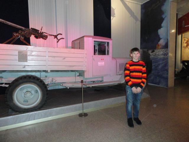 Экскурсия в музей вооружённых сил (13)