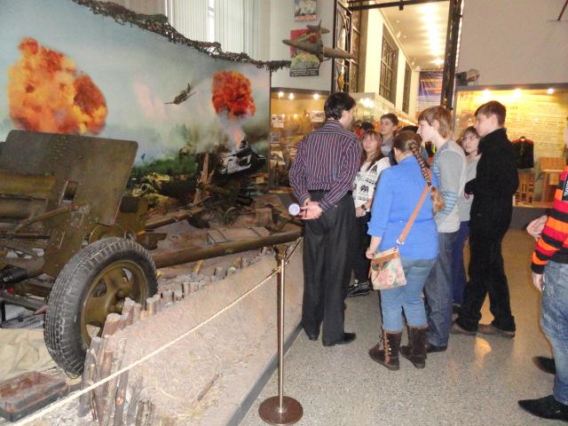 Экскурсия в музей вооружённых сил (17)