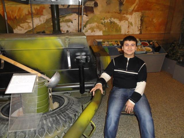 Экскурсия в музей вооружённых сил (26)