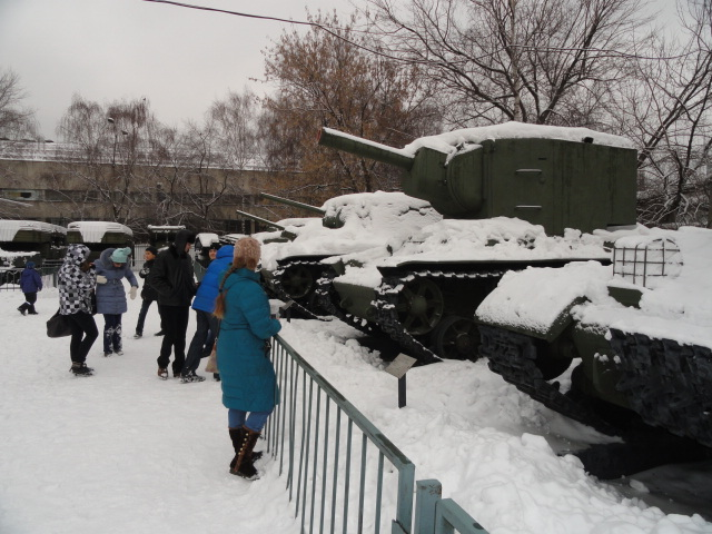 Экскурсия в музей вооружённых сил (5)
