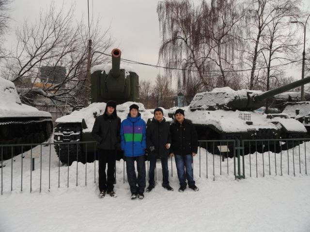 Экскурсия в музей вооружённых сил (6)