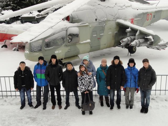 Экскурсия в музей вооружённых сил (7)