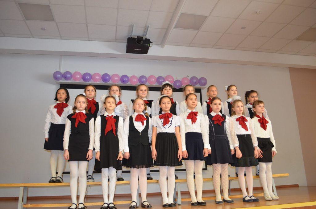 Праздничный концерт в честь дня 8 марта